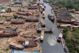 Industri pembuatan kapal kayu