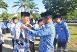 Guru berprestasi di Kabupaten Gowa terima medali dan piagam