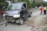 Seorang penumpang tewas usai mobil terbalik ditanjakan