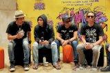 36 tahun, karya grup musik Slank lebih