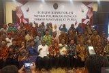 Menkopolhukam  berdialog dengan tokoh Papua