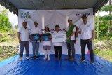 PLN bantu 20 unit laptop dukung sekolah pariwisata di Pulau Sumba NTT
