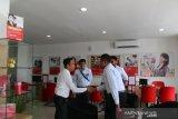 Gelar even direct selling, manajemen PLN UIW Sumbar kunjungi pelanggan
