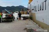 Cuaca buruk kapal pelni tertahan di Natuna