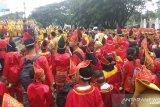Festival pesona Minangkabau 2019 dibuka, ribuan warga padati Istano Basa Pagaruyung