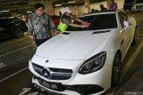 KPK dampingi BPRD tagih pajak mobil mewah di Jakarta