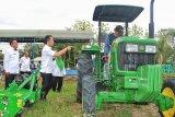 Hadapi musim tanam, petani Kudus dibantu alat mesin pertanian