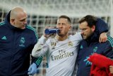 Hazard absen dalam El Clasico  karena retak pergelangan kaki