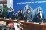 Berita kemarin, Erick Thohir copot Dirut Garuda sampai saham Garuda anjlok