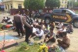 Polres Kendari mengamankan puluhan pelajar terlibat tawuran