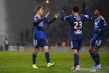 Olympique Lyon menang 4-0, lawan Nimes dengan sembilan pemain