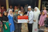 Pesisir Selatan serahkan bantuan pangan Rp8,4 miliar kepada 19.297 penerima manfaat