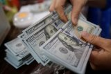 Kurs dolar AS bersinar, setelah lima hari berturut-turut melemah