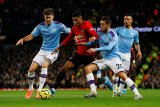 Derby Manchester, United tumbangkan City 2-1