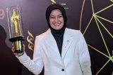 Piala Citra Pendukung Wanita Terbaik diraih oleh Cut Mini di FFi 2019