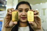 Harga emas Antam melambung Rp6.000