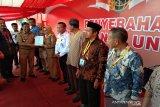 BPN Sultra menyerahkan 1.000 sertifikat tanah kepada masyarakat