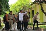 Alasan Jokowi tidak hadir di Hakordia KPK: bagi-bagi tugas dengan Ma'ruf