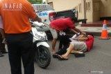 Sembilan polisi penganiaya Zainal Abidin jalani rekonstruksi