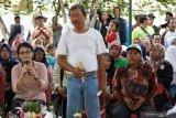 Warga Jakarta pertanyakan janji Anies tentang becak