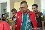 Jaksa tahan tersangka kasus dugaan korupsi hibah bansos Solok