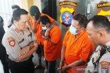 Polisi tembak kaki tiga spesialis pencuri mobil di Palangka Raya