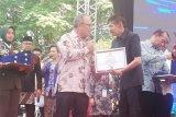 Wali Kota Baubau raih penghargaan dari Kementerian Pertanian