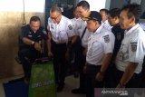 Hadapi Natal, Dirut KAI cek kesiapan jalur rel lintas selatan Jawa