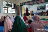 Dosen Unand edukasi masyarakat Lintau tentang manfaat dadih cegah stunting