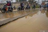 Jalan rusak parah, Nagari Sungai Kunyit Solok Selatan larang truk CPO lewat