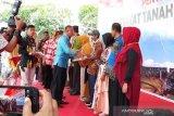 Diserahkan 1.000 sertifikat program PTSL kepada warga di Baubau