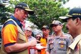 Kunjungi Solok Selatan, Kepala BNPB ajak masyarakat bisa kontrol tambang ilegal
