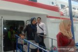 Satpolair Polres Bangka Barat perketat pengawasan bongkar muat kapal cepat
