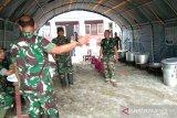 TNI bangun dapur umum untuk korban banjir Sigi