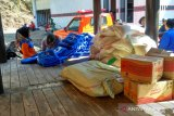 BPBD Lombok Tengah membantu korban bencana puting beliung