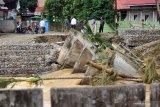 Posko bencana Solok Selatan kehabisan sembako