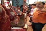 Jelang Natal dan Tahun Baru 2020 harga daging sapi di Kota Bandarlampung bertahan tinggi