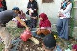 Dosen UHO Edukasi Warga Kelurahan Ambondiaa Buat Pupuk Organik