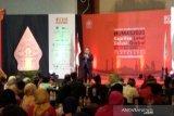 Direktur Danone Indonesia menysebutkan beberapa fenomena dalam sosial media