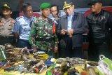 Petugas gabungan geledah Lapas klas IA Gunungsari Makassar
