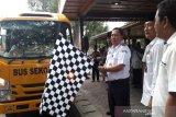 Kemenhub bagikan 200 bus sekolah ke pondok pesantren di Indonesia