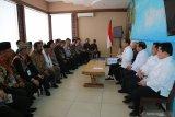 Jokowi temui tokoh adat Kalimatan Timur