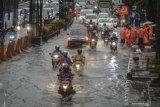 Motor terendam banjir, perlukah melakukan servis besar?