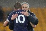 Harry Kane cedera, Mourinho terguncang