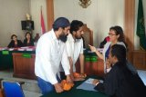 Dua warga India disidangkan karena bawa 2.756 gram sabu-sabu
