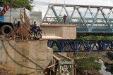 Pembangunan Jembatan GL Zoo Yogyakarta menyisakan pekerjaan pengaspalan
