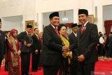 Presiden Jokowi mengungkap pertimbangan pemilihan anggota Dewas KPK