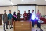 KPU Padang teken nota kesepahaman dengan Forum Musyawarah Kerja Kepala Sekolah (MKKS) SMA