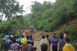 Lima kecamatan di Agam, Sumatera Barat diterjang banjir dan longsor akibat curah hujan tinggi