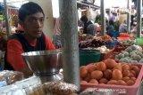 Harga bahan kebutuhan pokok di Purwokerto merangkak naik